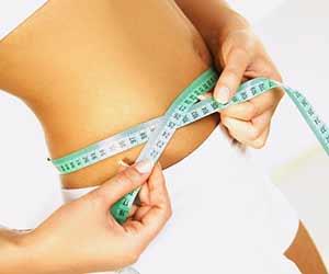 Natürliche Säfte zum Abnehmen der Taille